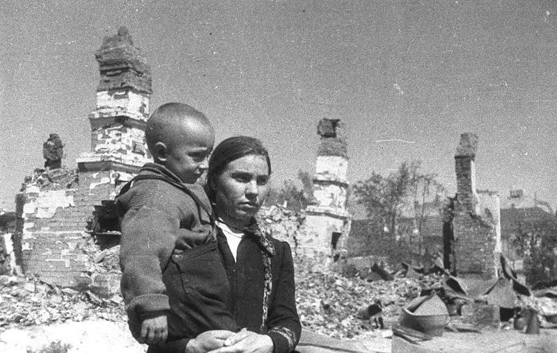 Борисов, 1 июля 1944 года. Фото Михаила Савина, фотокорреспондента газеты «Красноармейская правда»(«Во славу Родины»)