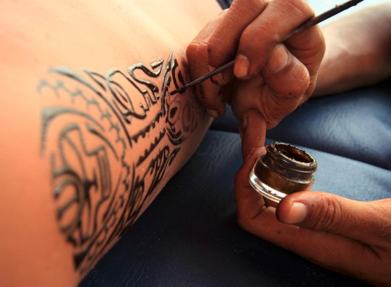 Как сделать татуировку из хны себе 515