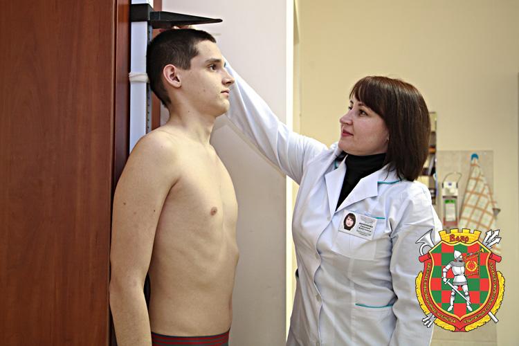 Сегодня — школьник, завтра — солдат: медкомиссия обязательна!