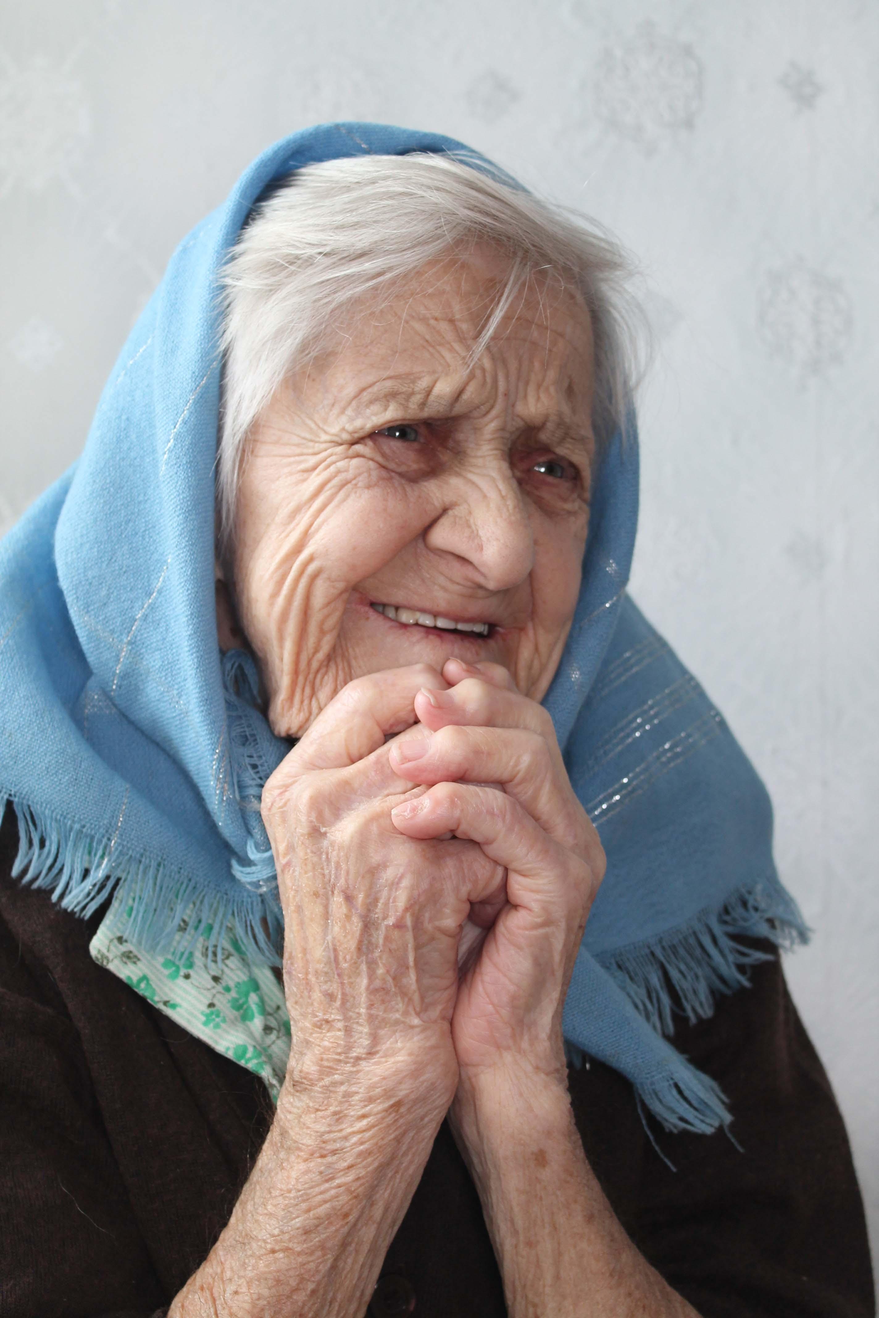 Самые старые бабушки картинки