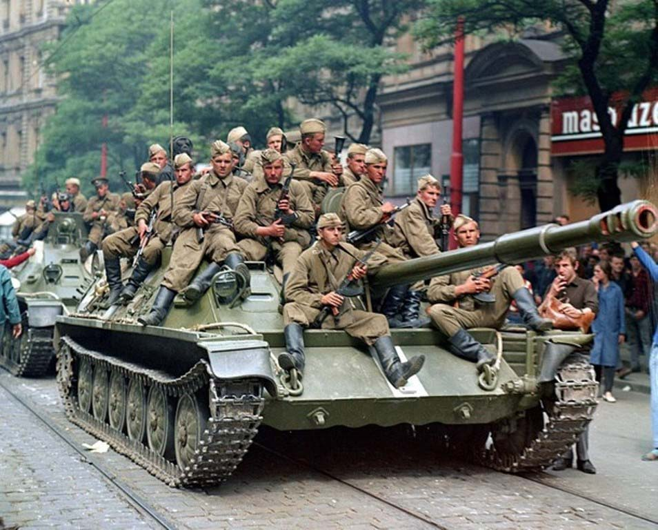Советские десантники в Праге