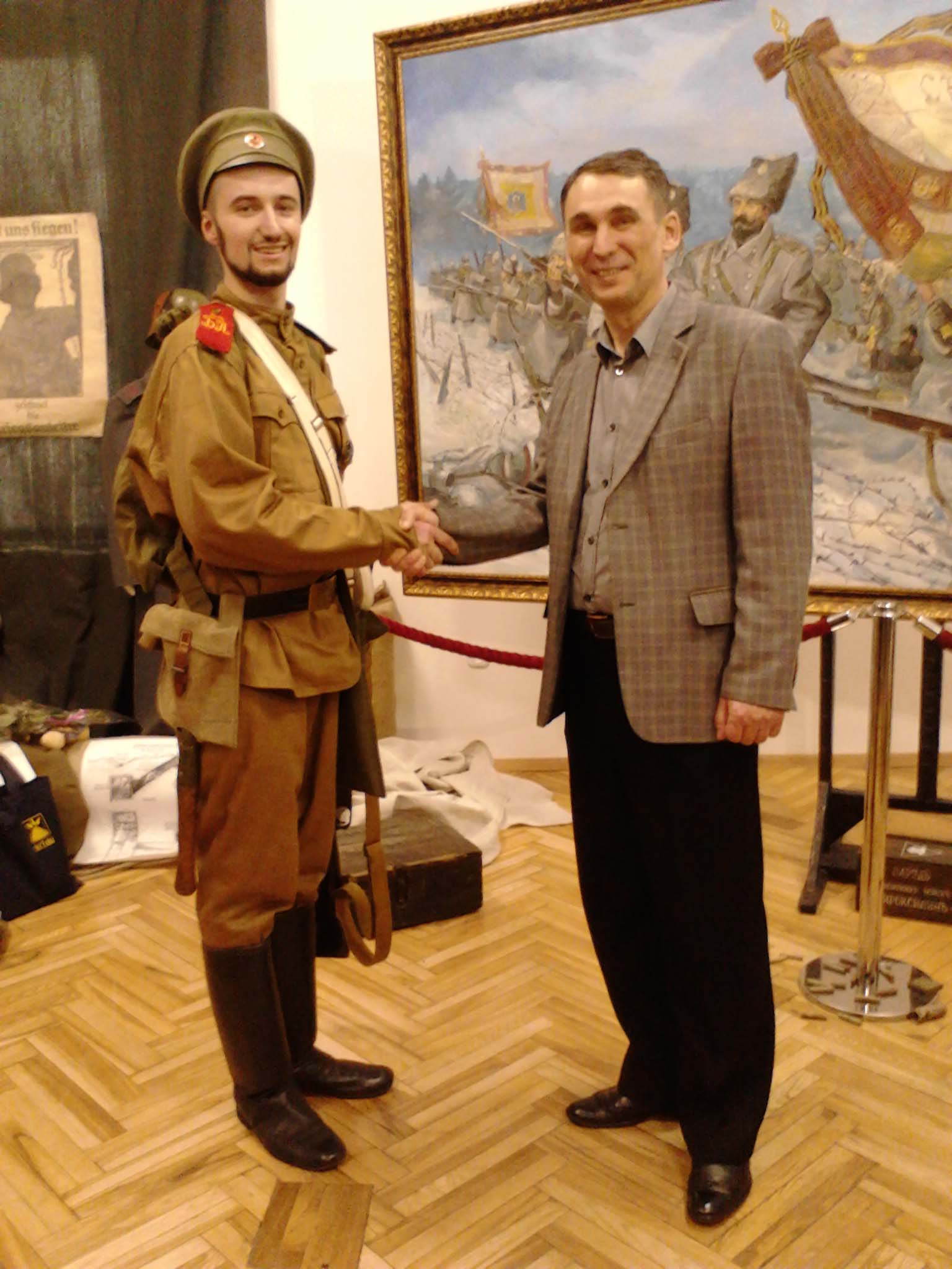 Владимир Сайко и директор Белорусского государственного музея Великой Отечественной войны Николай Скобелев