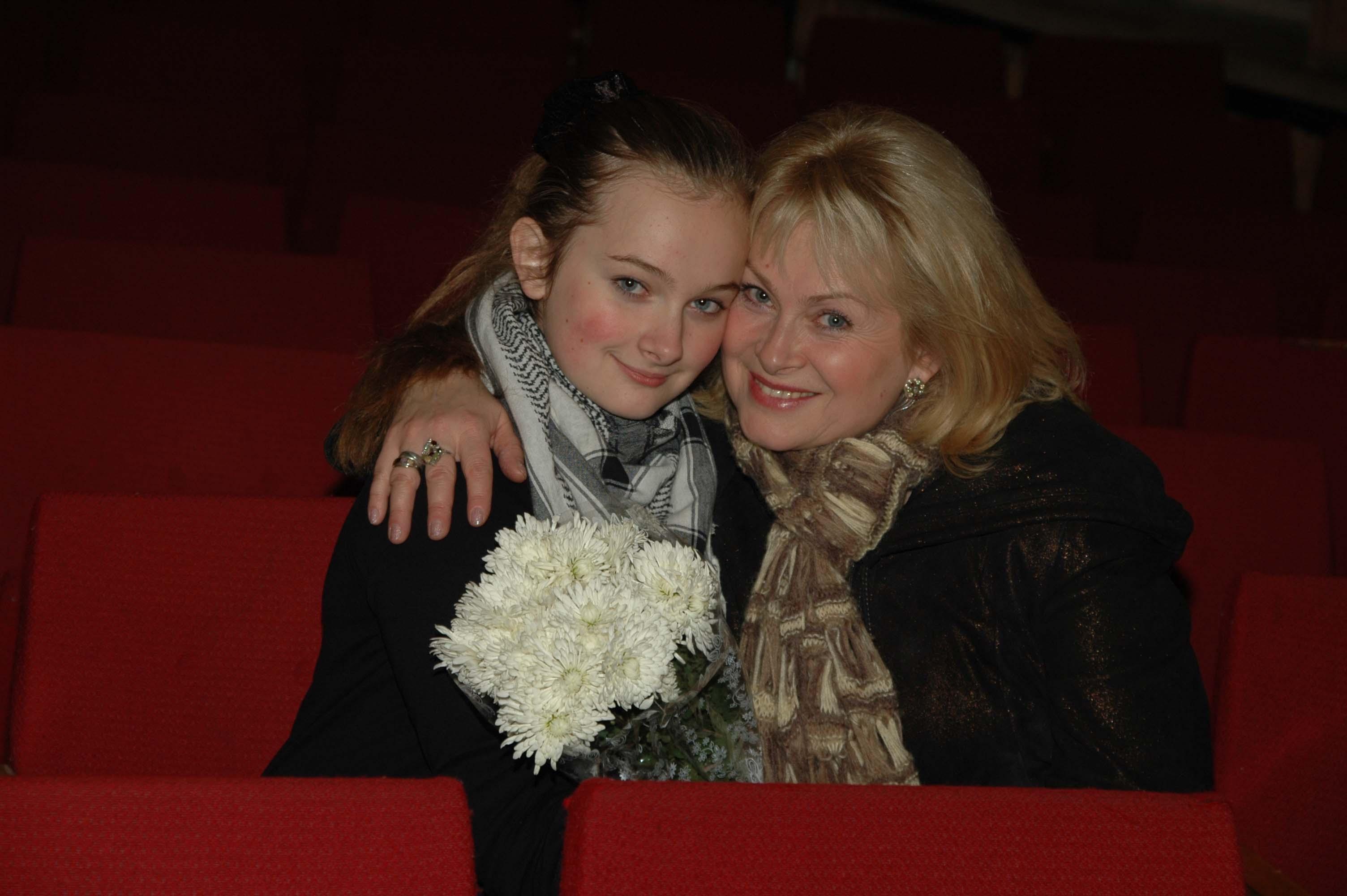 С мамой на даче наблюдатели 4 фотография