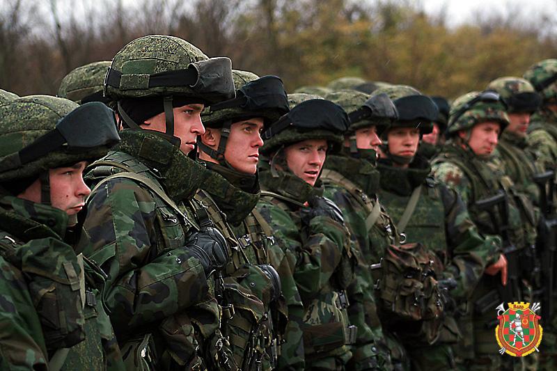примеру, военная дружба картинки кровать