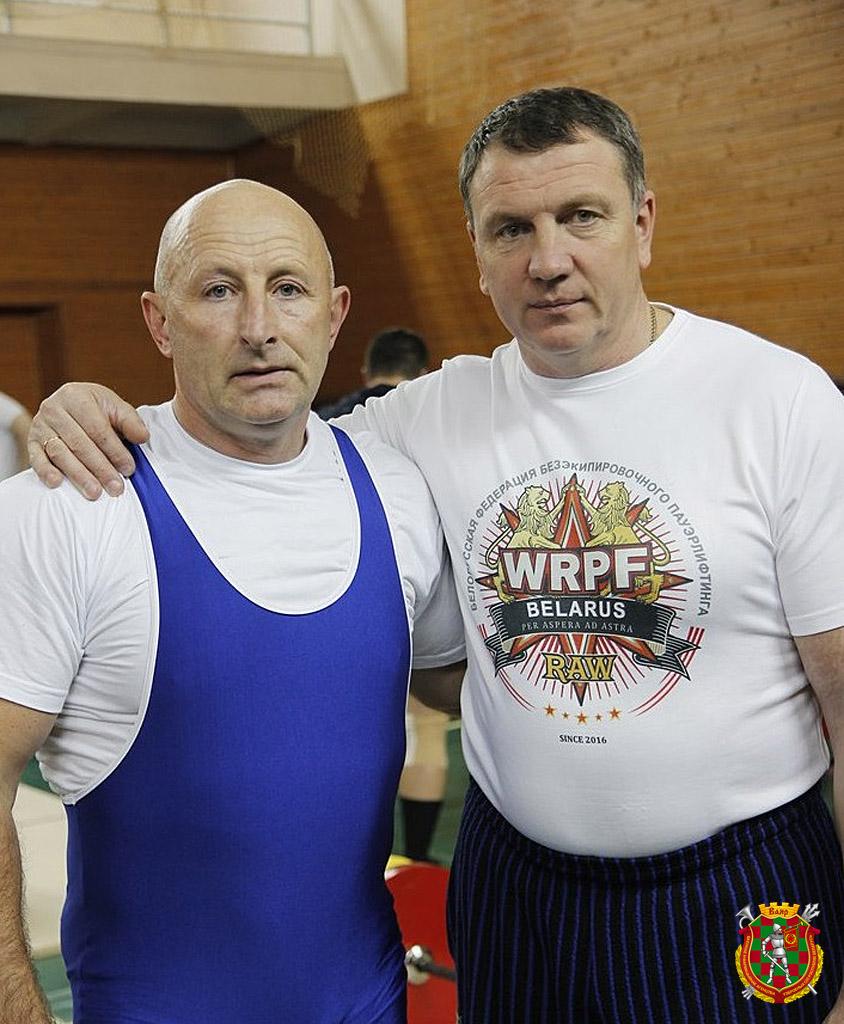 С тренером Игорем Варавой