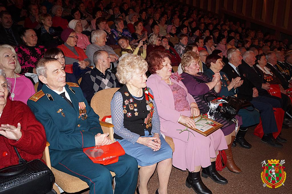 В ходе торжественного вечера, посвященного 30-летию ветеранской организации (3)
