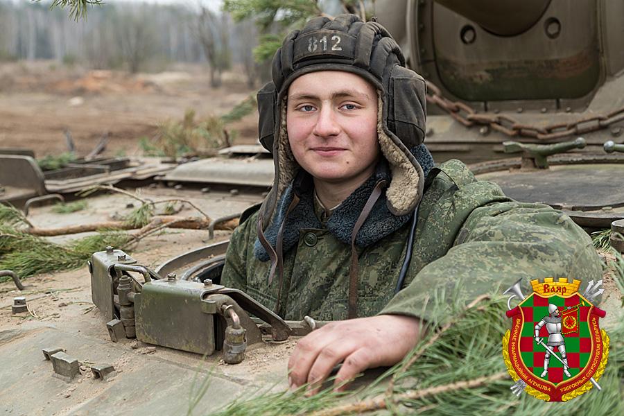 Гвардии ефрейтор Евгений Плясун